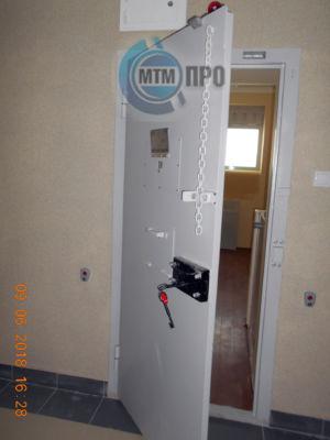 Kamern.dver-4
