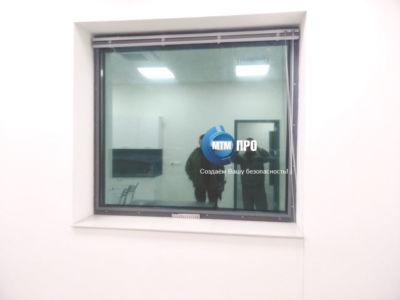Окно пулестойкое с воздушным клапаном 4+