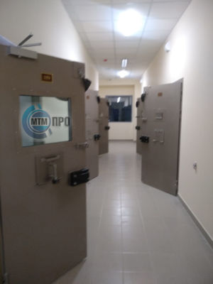 Kamernye-dveri-4